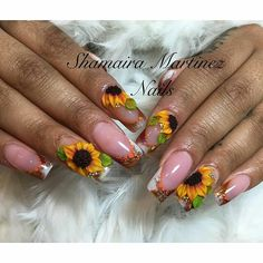 Elegant manicure with sunflowers. Nail Art Designs, Flower Nail Designs, Pretty Nail Designs, 3d Acrylic Nails, 3d Nails, Gorgeous Nails, Pretty Nails, Nail Art Inspiration, Nail Ink