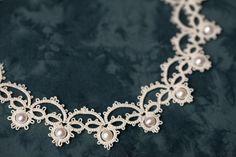 Frivolité à la navette: collier et boucles d'oreilles frivolité et perles ...