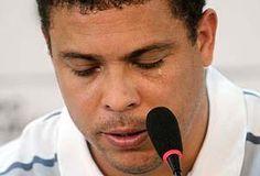 Em campanha, Folha 'estica' repercussao de Ronaldo - jornalismo? - Blue Bus