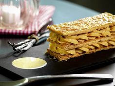 """How about a nice French pastry? """"L'Esprit du 12ème""""is a nice restaurant in #Paris. #Food"""