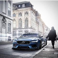 V90 R-Design in Bursting Blue! #Volvo #V90 #RDesign #sportswagon…""