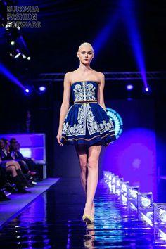 Jana Gavalcova modrotlačová kolekcia 2016 Fasion, Fashion Outfits, Fabric Printing, Folklore, Fabric Design, Indigo, Strapless Dress, Underwear, Design Inspiration