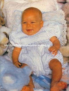 Andrea Casiraghi as a baby at 12 day sold dress like brewyn best friend and Samuel