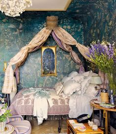 ♜ Shabby Castle Chic ♜ rich and gorgeous home decor - exotic guest room in Howard Slatkin NYC home