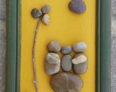 Pebble Art Family of Three in Silhouette sitting от CrawfordBunch