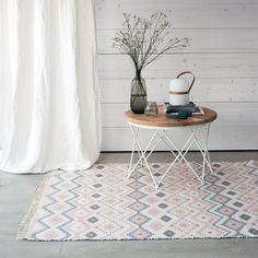 Etnic alfombra coral Zara Home, Ikea, Contemporary, Rugs, Wood, Table, Furniture, Coral, Home Decor