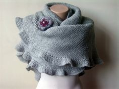 Nice and cozy for autumn or spring!