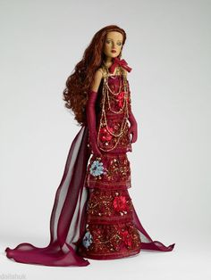 Extravagant DRESSED ANTOINETTE Tonner Doll NEW 2009 T9FMDD10 On Sale!! MINT #ROBERTTONNER