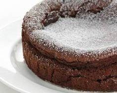Hot Desserts, Desserts With Biscuits, Tasty Chocolate Cake, Chocolate Desserts, Food Cakes, Chocolates, Cake Recipes, Dessert Recipes, Light Cakes