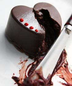 Red Wine Chocolate Truffles | Sprinkle Bakes