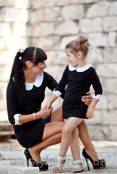 Комплект одинаковых платьев мама и дочка черного цвета с белыми воротниками, цена 540 грн., купить в Днепропетровске — Prom.ua (ID#74068100)