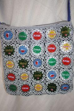 colourful bottle caps crocheted together for a shoulder bag, lined, with inner pocket, optional zip 75 TL, 25 euro Bottle Caps, Euro, Shoulder Bag, Pocket, Zip, Blanket, Bags, Color, Handbags