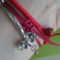 Red String Bracelet Reviews