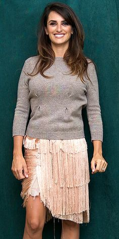FULL-FRINGE SKIRTS photo | Penelope Cruz