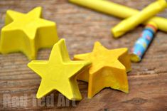"""*Recycled Crayons* Here is a last minute gift to make for friends or class mates - recycled crayons. Raid your crayon stash (we picked out all the yellows), get a silicon tray in any shape you desire (we had stars) and get making......   Sharing top tips for avoiding your crayons from """"layering"""" and cleaning your tray afterwards"""