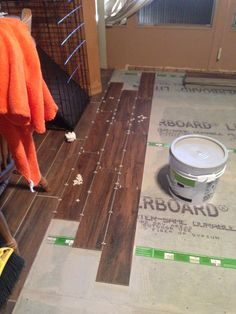 Sub floor down.  Time to tile