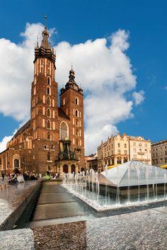 St. Marys Church in Krakow #Travel #Poland