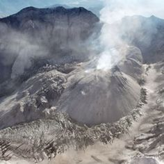 Ten years ago this week, Mount St. Helens awoke from an 18-year geological slumber. The news media and volcano-watchers