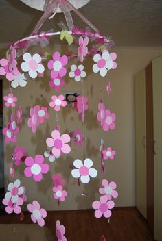 Paper Flowers Diy, Flower Crafts, Diy Paper, Paper Crafts, Decor Crafts, Diy And Crafts, Crafts For Kids, Wall Hanging Crafts, Flower Wall Decor
