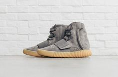The adidas Yeezy Boost 750 Grey Gum is showcased in even more detailed imagery. Find it select adidas stores tomorrow, June Adidas Shoes Women, Adidas Sneakers, Baskets, Yeezy Boost 750, Fashion Shoes, Men's Fashion, Fashion Trends, Adidas Football, Adidas Outfit