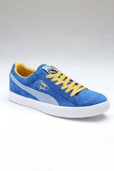 Puma Clyde Script Sneaker: Seems Like 1982 Has Come Back Pumas Shoes, Men's Shoes, Nike Shoes, Ankle Sneakers, Mens Designer Shoes, Black Puma, Jack Threads, Puma Suede, Gentleman Style