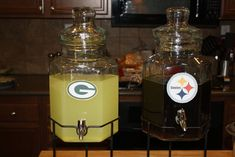 choose your drink based on team color; maybe a superbowl party? lol