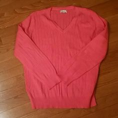 Kim Rogers XL Coral Sweater Cute little XL sweater by Kim Rogers...Long sleeve and 100% cotton Kim Rogers Sweaters