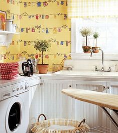 Ways to Give Your Laundry Room a Vintage Makeover. Browse 25 photos of Best Vintage Laundry Room. Find ideas and inspiration for Vintage Laundry Room to add to your own home. Laundry Room Wallpaper, Laundry Room Wall Decor, Laundry Room Organization, Room Decor, Organization Ideas, Laundry In Kitchen, Modern Laundry Rooms, Basement Laundry, Laundry Area