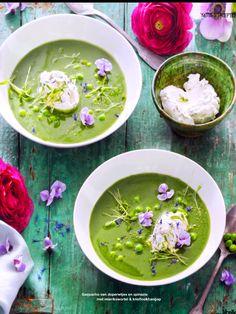 gazpacho van doperwtjes en spinazie met mierikswortel & knoflookhangop