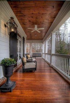 51 Rustic Farmhouse Front Porch Decorating Ideas