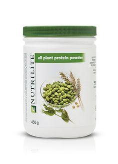 NUTRILITE® Proteína Vegetal en Polvo,  Unimos más cosas buenas de la naturaleza para brindarte una mezcla triple de soja, trigo y guisante. Juntos, la mezcla provee una combinación ideal de proteínas y aminoácidos para mantenerte saludable y con energía, sin productos de animales ni efectos secundarios de lácteos