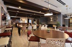 ドーミー江坂コミュニティハウス Conference Room, Table, House, Furniture, Home Decor, Decoration Home, Home, Room Decor, Tables
