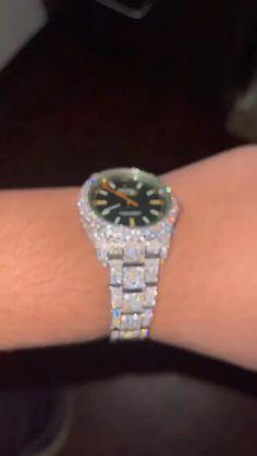 Diamond Brooch, Diamond Pendant, Diamond Earrings, Anuel Aa Wallpaper, Mens Diamond Bracelet, Rapper Jewelry, Hip Hop Chains, Uncut Diamond, Diamond Wedding Bands