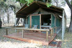 Kwara Camp has 8 en-suite tents – with inside/outside showers and a honeymoon tent with a bath  http://www.africanwelcome.com/botswana/botswana-private-game-lodges/kwara-camp-kwando-safaris-okavango-delta-botswana
