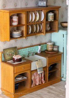 Super Kitchen Accessories Diy Girl Dolls Ideas Kitchen – home accessories Miniature Rooms, Miniature Kitchen, Miniature Crafts, Miniature Furniture, Kitchen Stove, Mini Kitchen, Kitchen Hutch, Kitchen Island, Kitchen Appliances