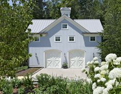 Guest House Head On - farmhouse - Garage And Shed - New York - Crisp Architects