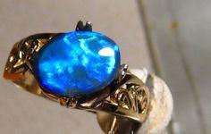 1.5 cwt Solid Lightning Ridge Black Opal Ring 14k Gold