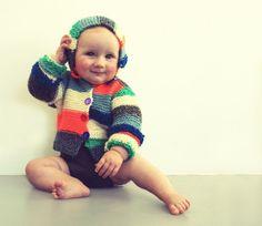 Knitted hooded striped sweater. €54.95, via mikmakwinkel on Etsy.
