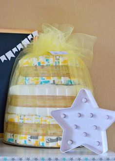 Great tips on easy DIY baby sprinkle decor featuring clouds and baby bottle raindrops. Perfect for a baby sprinkle on a budget. Sprinkle Party, Baby Sprinkle, Rain Baby Showers, Preparing For Baby, Rain Drops, Baby Bottles, Baby Shower Decorations, Sprinkles, Easy Diy