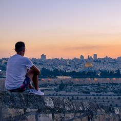 We've had a blast experiencing the melting pot of in the From the cultural hub of TelAviv, with its vibrant lifestyle and incredible to the conservative cities of and which home some of the worlds most religious sites. Bar Scene, Best B, Melting Pot, Bethlehem, Jerusalem, Budget Travel, Middle East, Backpacking, Paris Skyline