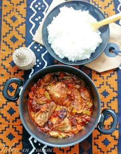 Poulet Directeur Général: Cameroon fried chicken, plantain and vegetable stew. Meat Recipes, Asian Recipes, Chicken Recipes, Cooking Recipes, Healthy Recipes, Ethnic Recipes, Ikea Kallax Hack, Carribean Food, West African Food