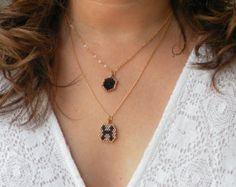 Cadena corazón negro perlas personalizado inicial collar