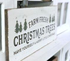 Farm fresh Christmas Tree Sign DIY Large Christmas Tree, Fresh Christmas Trees, Woodland Christmas, Christmas Tree Farm, Christmas Love, Christmas Signs, Rustic Christmas, Xmas Tree, Christmas Tree Decorations