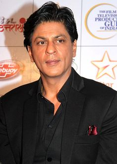 Shahrukh Khan has been asked to unlearn his dance moves and do it badly!