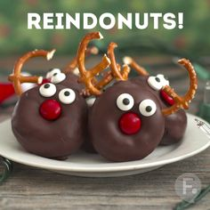 Reindonuts (Christmas Drinks For Kids)