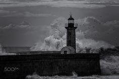 The wave& the lighthouse - Por favor, no use esta imagen en los sitios web, blogs u otros medios de comunicación sin mi permiso explícito - Todos los derechos reservados ©. Please don't use this image on websites, blogs or other media without my explicit permission - All Rights Reserved ©