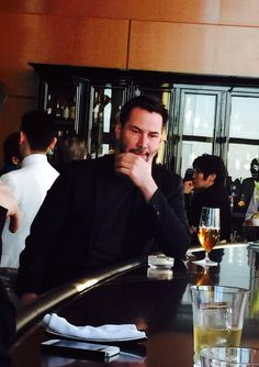 Keanu in Japan - February (14th) 2015I I hope you got our Valentine's Day wishes! I'm sure the good people of Japan conveyed the sentiment to you effectively. ;) (chicfoo) keanu