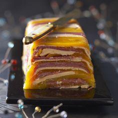Terrine de foie gras de canard et magret fumé, au gingembre et chutney de mangues