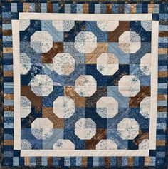 """Bennington,"""" from Another Bite of Schnibbles. Pieced and quilted by Audrey Bretz."""