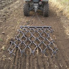 Level garden plots and break up clods of soil. Reversible drag for varying digging action. Garden Tractor Attachments, Atv Attachments, Metal Projects, Welding Projects, Farm Blinds, Accessoires Dremel, Horse Arena, Food Plot, Tractor Implements